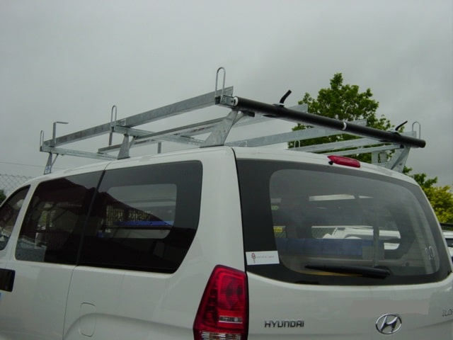 Hyundai iLoad 3 bar roof rack with rollers 1 - Hyundai iLoad Roof Rack